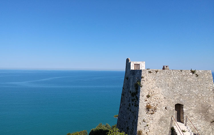 The sea of the Gargano only minutes away